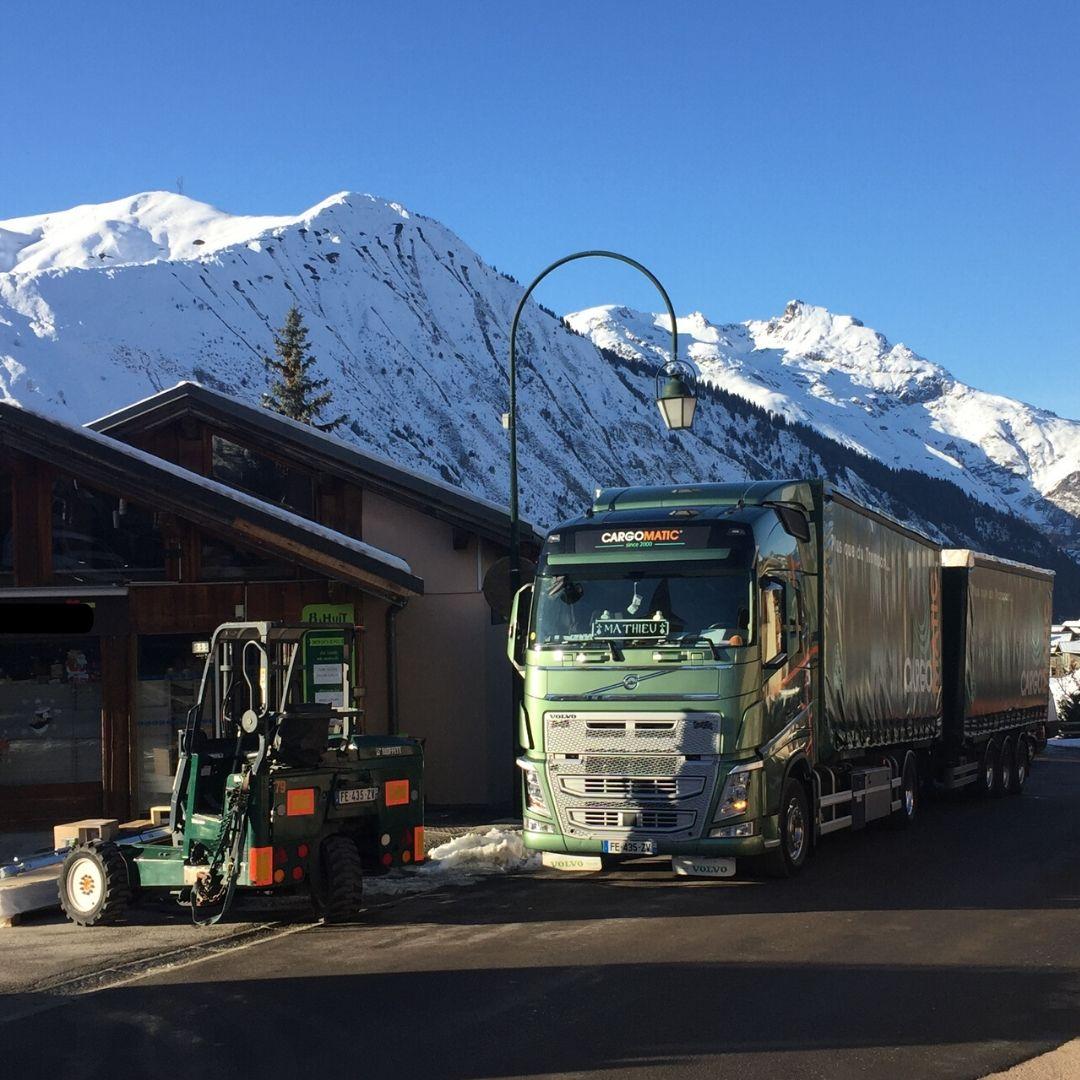 Livraison Station de ski Chariot Embarqué