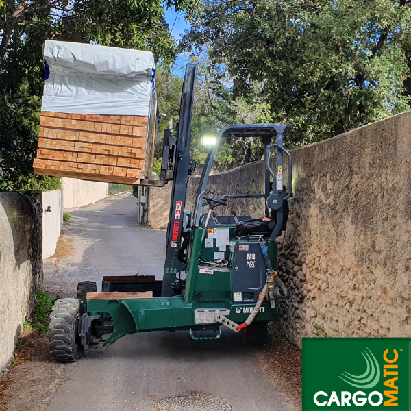 Cargomatic livraison acces difficile avec chariot embarque multidirectionnel