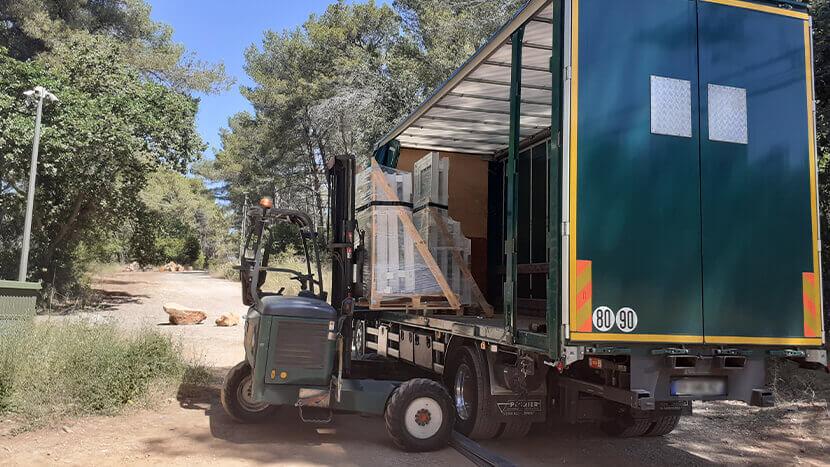 Livraison directe menuiseries avec chariot embarqué